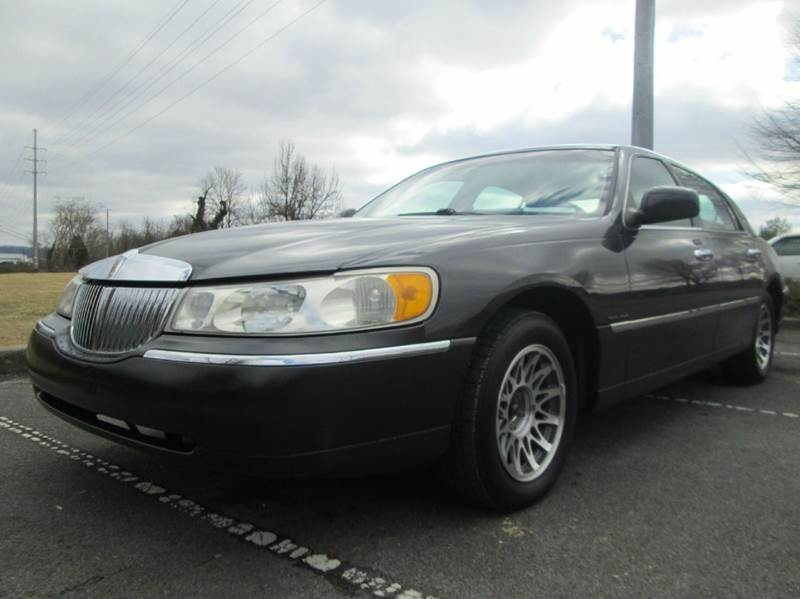 2000 LINCOLN TOWN CAR SIGNATURE 4DR SEDAN slate gray another unreal deal at unique loaded up t