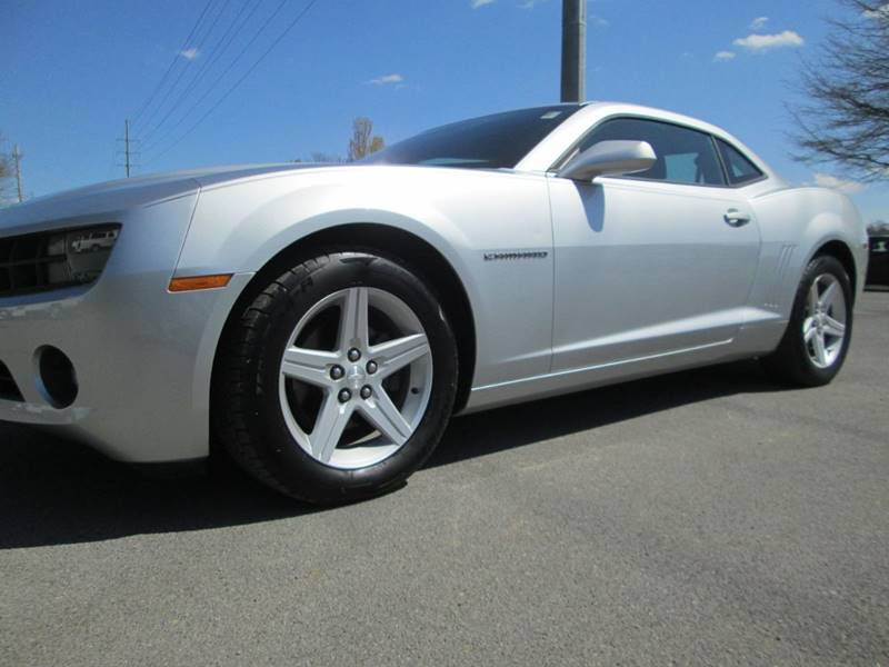 2010 CHEVROLET CAMARO LT 2DR COUPE W1LT gray excellent condition and perfect driving camaro lt