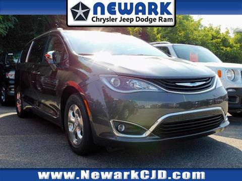 2018 Chrysler Pacifica Hybrid for sale in Newark, DE