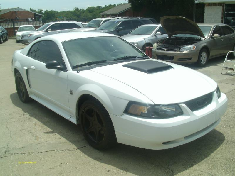 2004 Ford Mustang GT Deluxe 2dr Coupe - Dallas TX