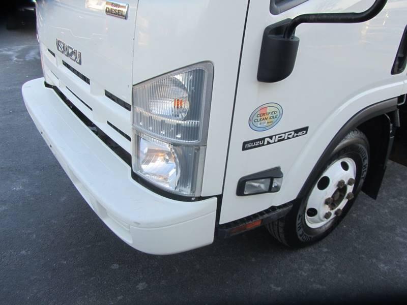 2014 Isuzu NPR-HD 4x2 2dr 71.0 in. BBC Tilt Cab - Mechanicville NY