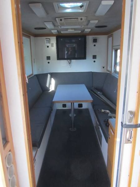 2002 Freightliner MT45 Chassis COMMAND CENTER - Mechanicville NY