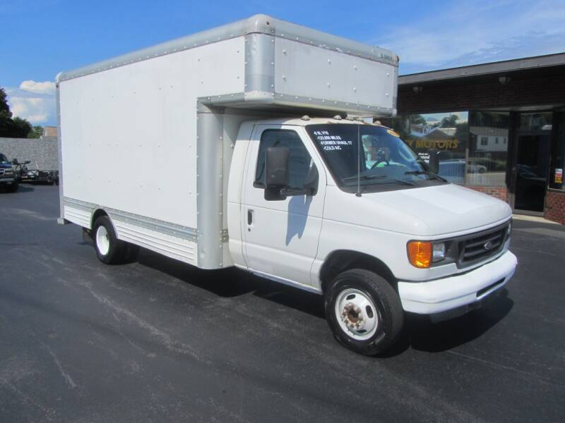 2006 Ford E-Series Chassis E-450 SD 2dr Commercial/Cutaway/Chassis 158-176 in. WB - Mechanicville NY