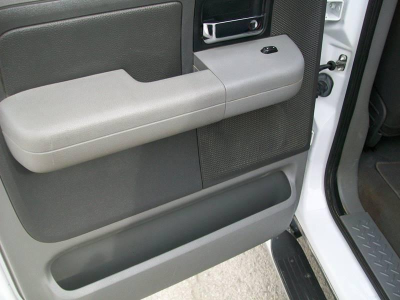 2004 Ford F-150 4dr SuperCrew XLT 4WD Styleside 5.5 ft. SB - Creston IA
