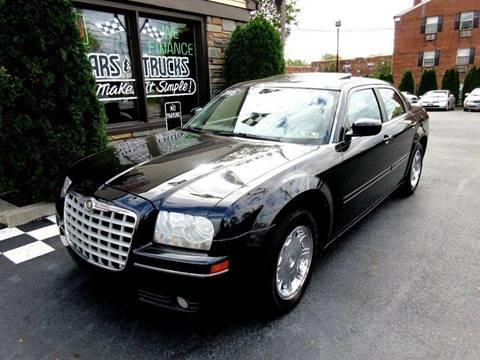 2005 Chrysler 300 for sale in Glenolden, PA
