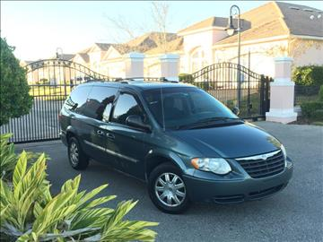 2006 Chrysler Town and Country for sale in New Port Richey, FL