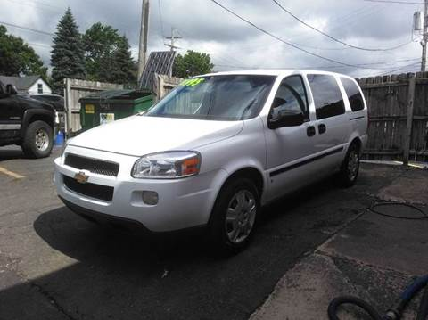 2006 Chevrolet Uplander for sale at DALE'S AUTO INC in Mt Clemens MI