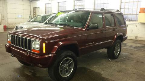 2000 Jeep Cherokee for sale at DALE'S AUTO INC in Mt Clemens MI