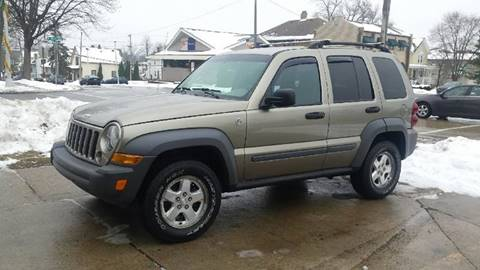 2006 Jeep Liberty for sale at DALE'S AUTO INC in Mt Clemens MI