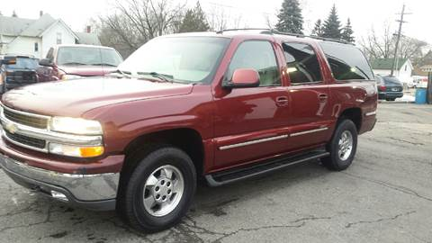 2003 Chevrolet Suburban for sale at DALE'S AUTO INC in Mt Clemens MI