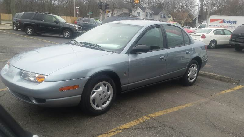 2002 Saturn S-Series for sale at DALE'S AUTO INC in Mount Clemens MI