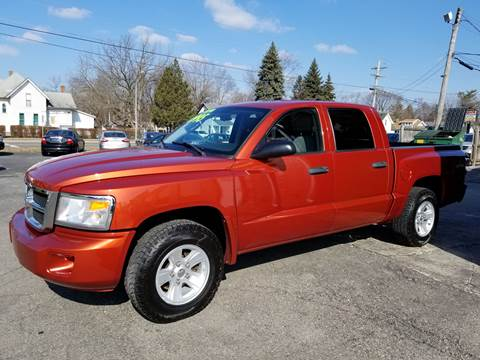 2008 Dodge Dakota for sale at DALE'S AUTO INC in Mt Clemens MI