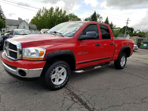 2006 Dodge Ram Pickup 1500 for sale at DALE'S AUTO INC in Mt Clemens MI