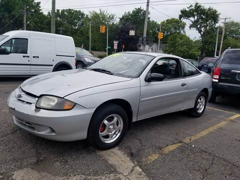 2004 Chevrolet Cavalier for sale at DALE'S AUTO INC in Mt Clemens MI