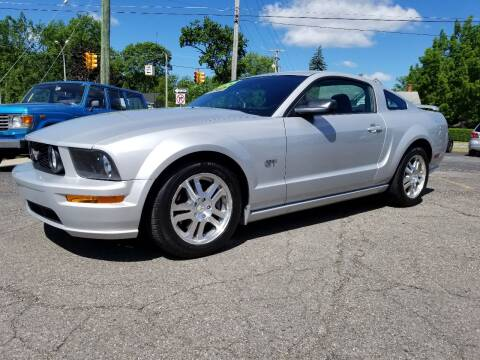 2006 Ford Mustang for sale at DALE'S AUTO INC in Mt Clemens MI
