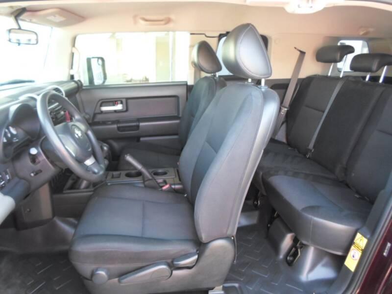 2007 Toyota FJ Cruiser 4dr SUV 4WD (4L V6 6M) - Lakewood CO