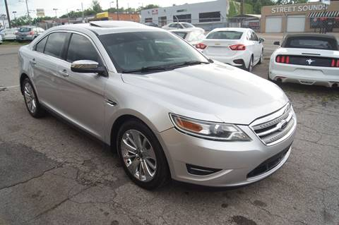 2010 Ford Taurus for sale at Green Ride Inc in Nashville TN