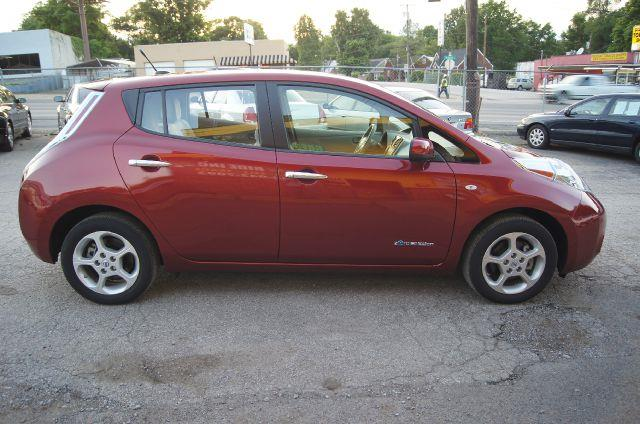 2012 nissan leaf sv 4dr hatchback in nashville tn green. Black Bedroom Furniture Sets. Home Design Ideas