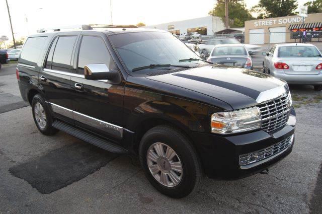 2007 Lincoln Navigator for sale at Green Ride Inc in Nashville TN