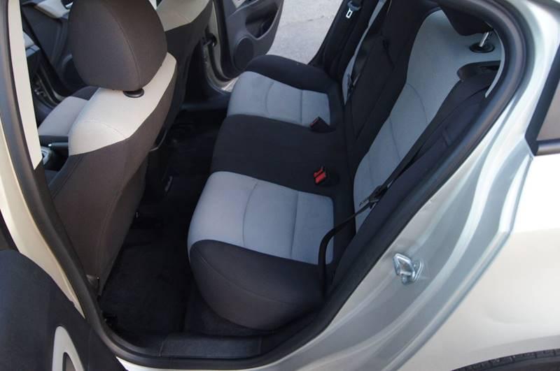 2013 Chevrolet Cruze LS Auto 4dr Sedan w/1SB - Nashville TN