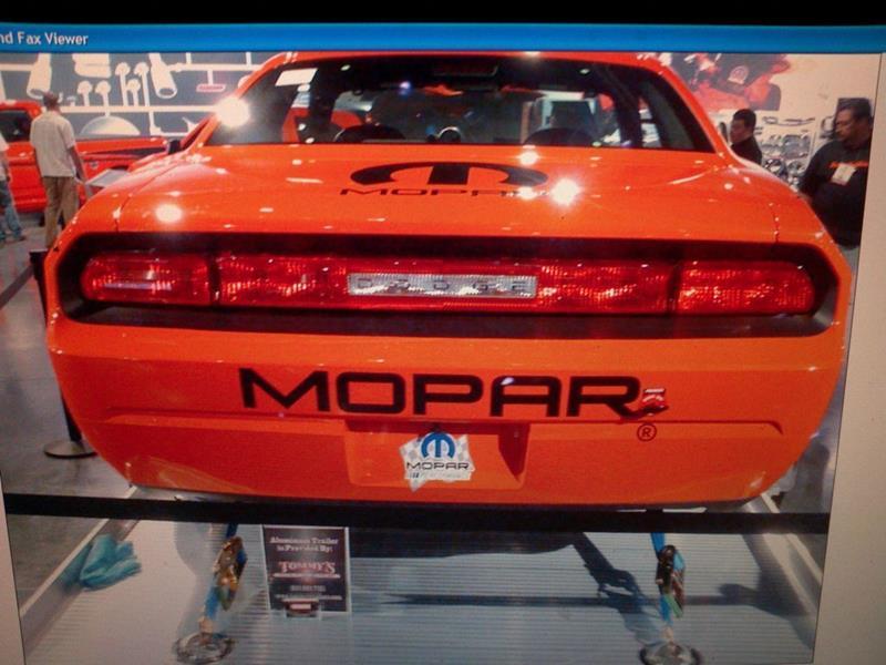 2011 Dodge Challenger 18