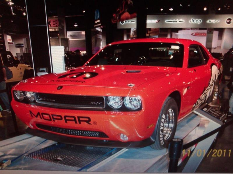 2011 Dodge Challenger 17