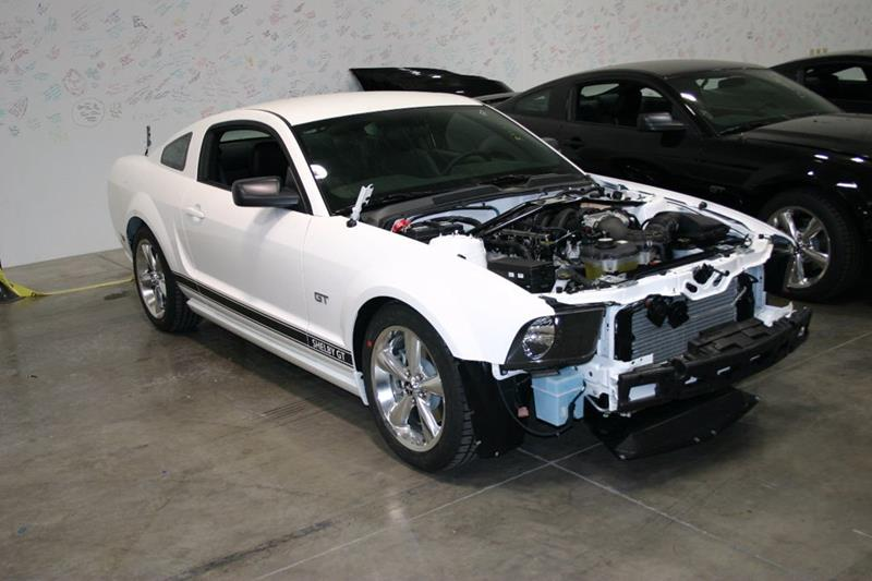 2007 Ford Mustang 36