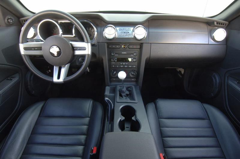 2007 Ford Mustang 65