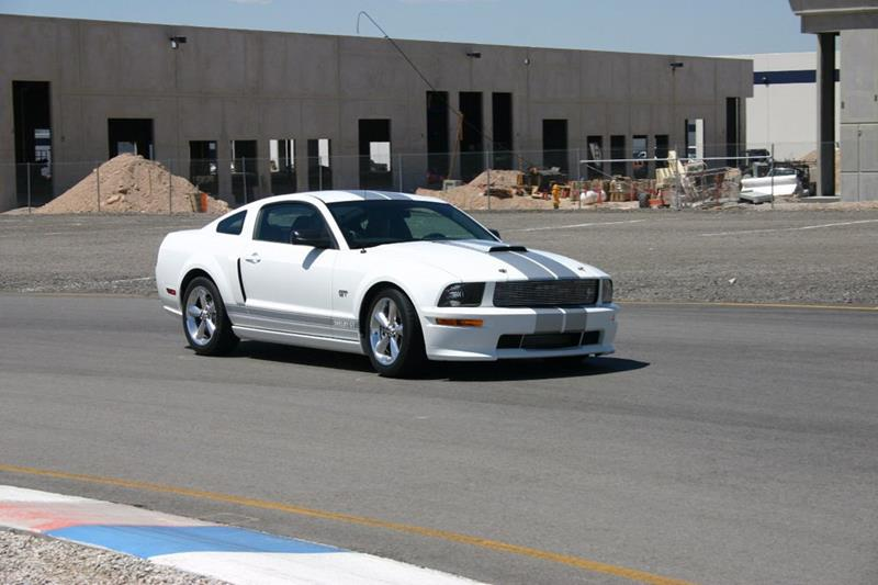 2007 Ford Mustang 44