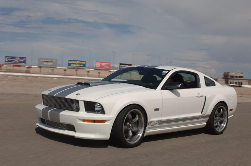 2007 Ford Mustang 31
