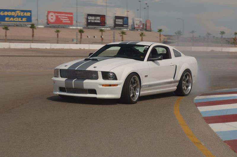 2007 Ford Mustang 30