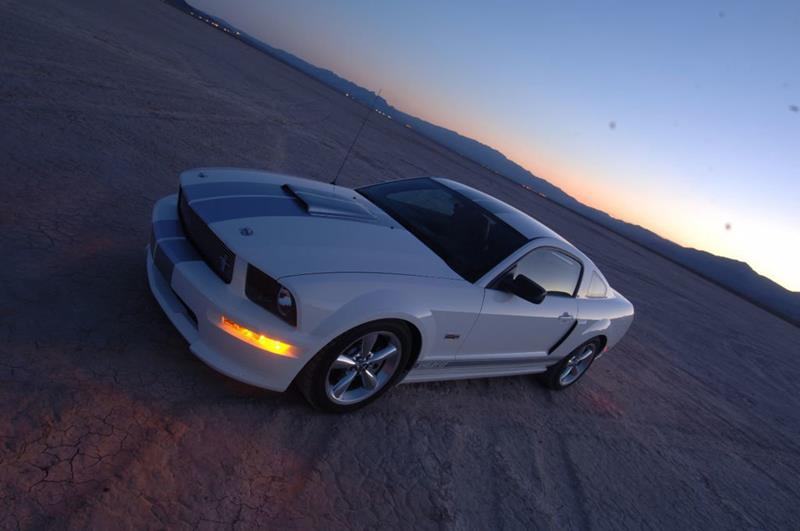 2007 Ford Mustang 16