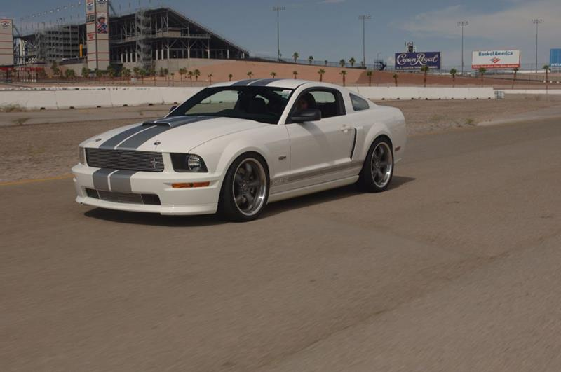 2007 Ford Mustang 15