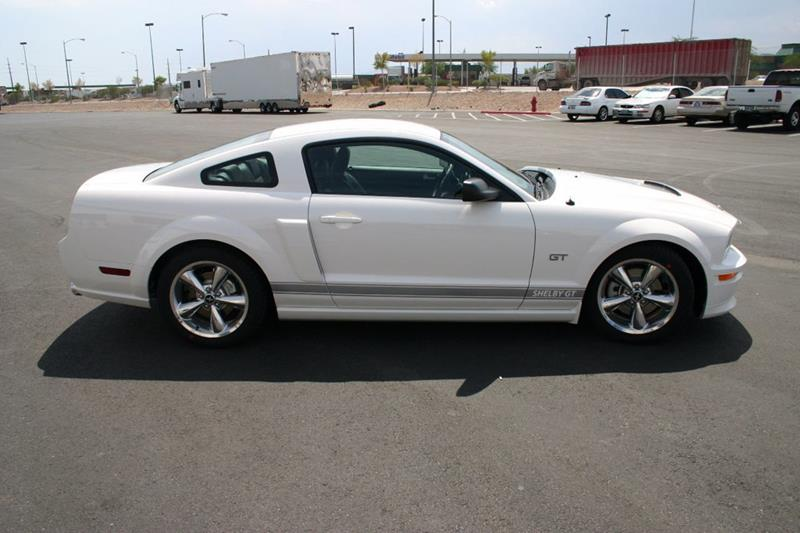 2007 Ford Mustang 52