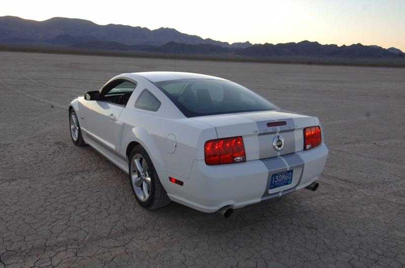 2007 Ford Mustang 18