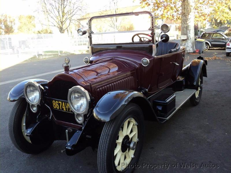 1917 Packard Twin Six 8