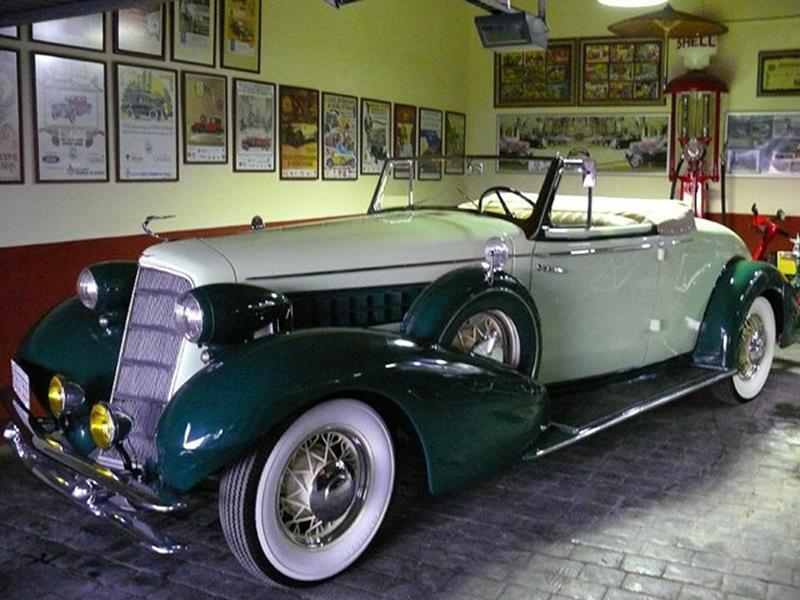 1934 Cadillac Series Twenty 1