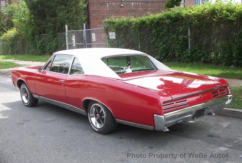1967 Pontiac GTO 3