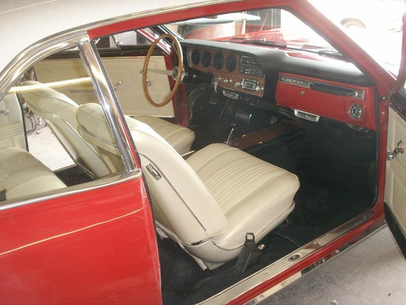 1967 Pontiac GTO 6