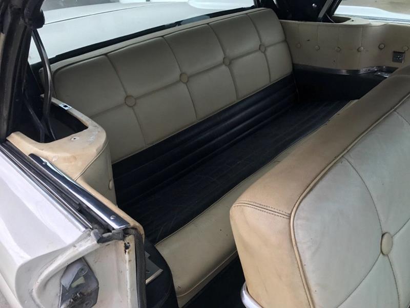 1959 Lincoln Continental 12