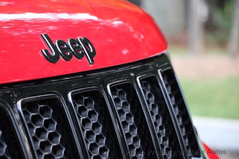 2015 Jeep Grand Cherokee 29