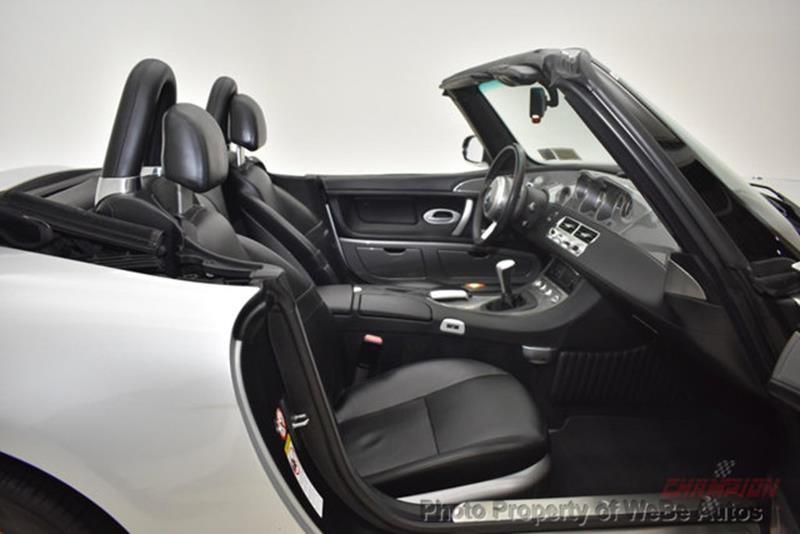 2001 BMW Z8 44