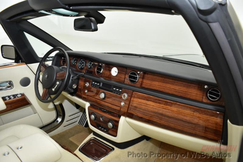 2009 Rolls-Royce Phantom Drophead Coupe 24