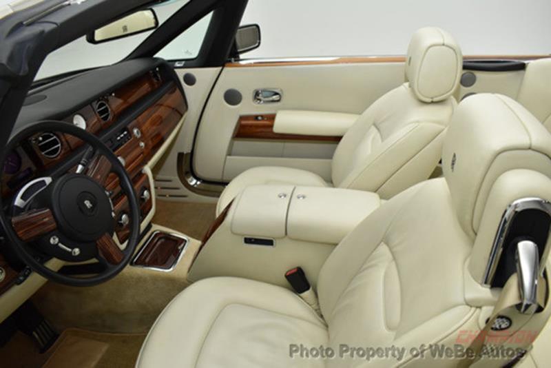 2009 Rolls-Royce Phantom Drophead Coupe 26