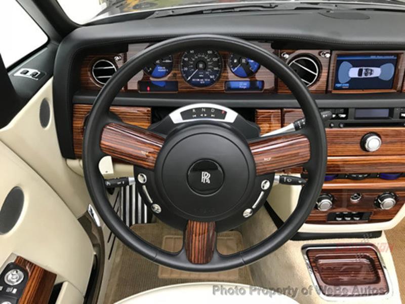 2009 Rolls-Royce Phantom Drophead Coupe 36