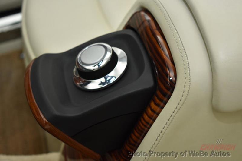 2009 Rolls-Royce Phantom Drophead Coupe 41
