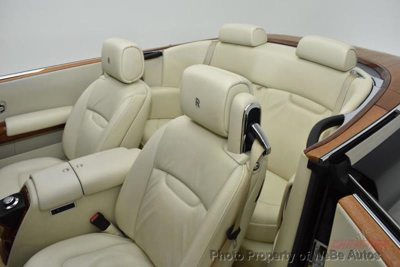 2009 Rolls-Royce Phantom Drophead Coupe 13