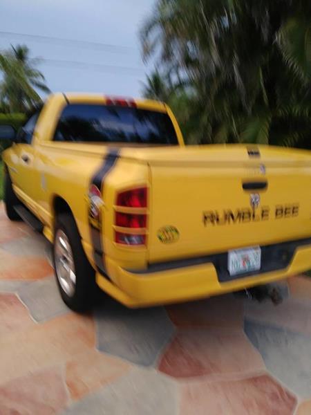 2005 Dodge Ram Pickup 1500 6