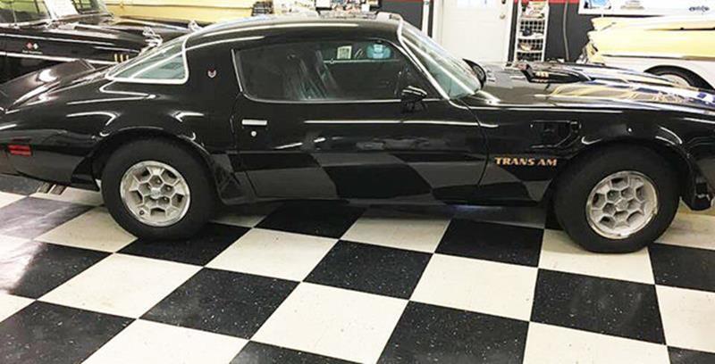 1976 Pontiac Trans Am 22