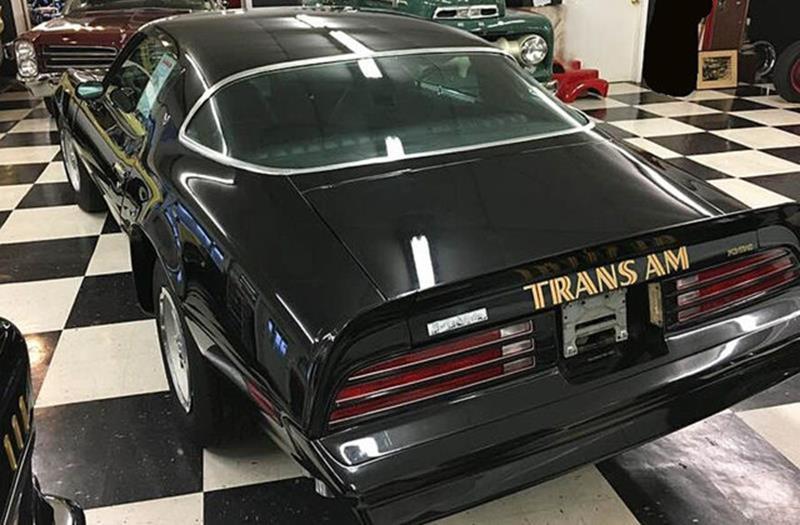 1976 Pontiac Trans Am 26
